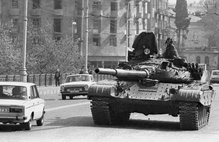 რატომ უთმობს საქართველო რუსეთს სამხედრო ბაზებს?!