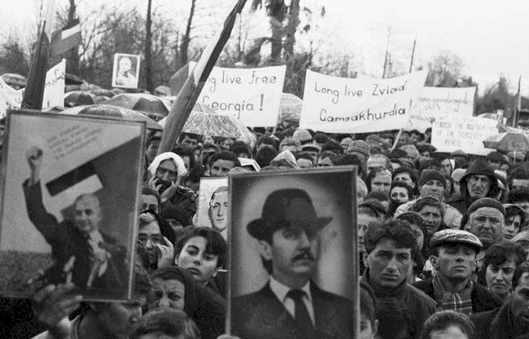 ჩეჩნეთი და რუსული დემოკრატია