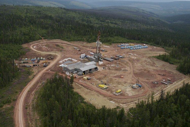 ნავთობის მაგისტრალი ორიენტაციას ინარჩუნებს